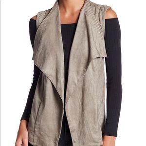 •Romeo & Juliet Couture• Faux Suede Vest